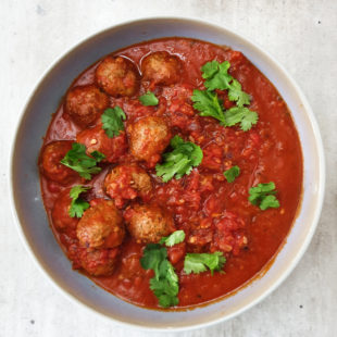 juicy meatballs in sauce